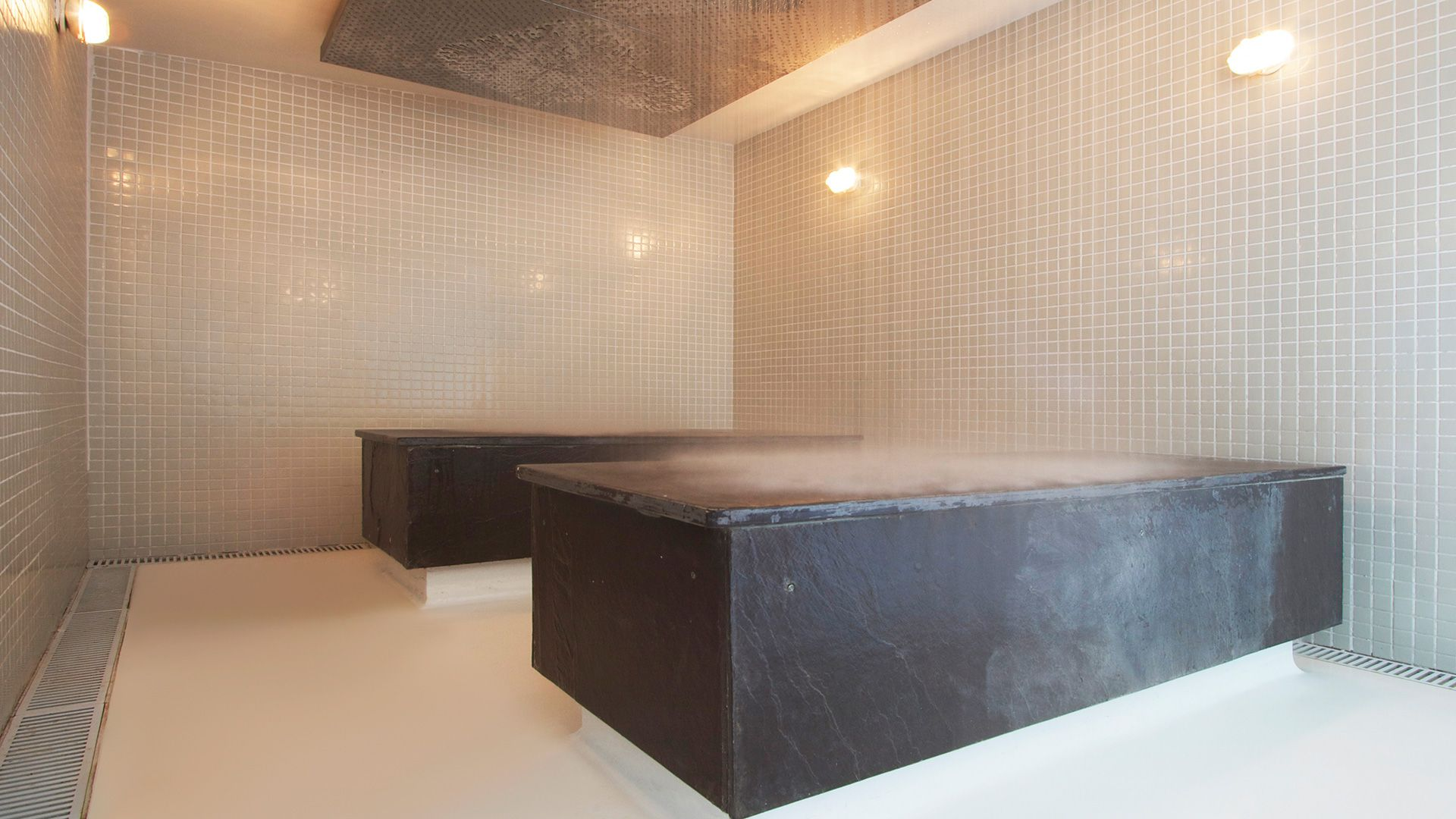 21-spa-hotel-botanique-chuva-na-sauna
